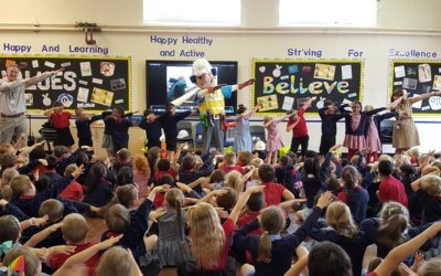Charlie Conlon comes in to school to engage with the children about building site safety
